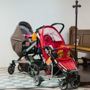 Как выбрать детскую коляску в интернет-магазине