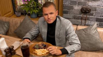 футболист Дмитрий Тарасов