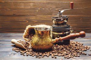 варить кофе в турке
