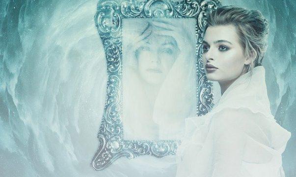 Загадочность зеркального мира